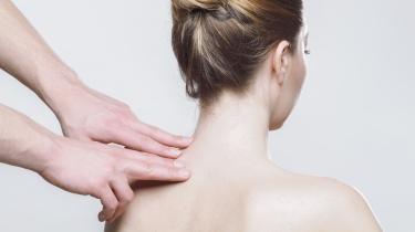 http://deadev.mk-synergie.net/sites/default/files/Bild: Massage nach Bandscheibenvorfall